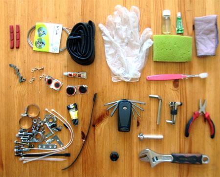 Аптечка для ремонта и обслуживания велосипеда, что должна содержать велоаптечка