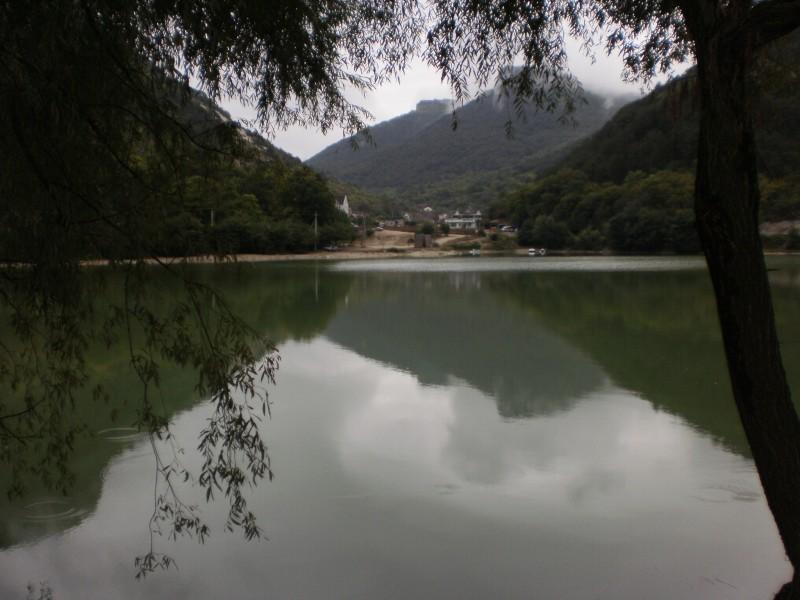 Фотографии Крым Мангуп. Озеро 1.
