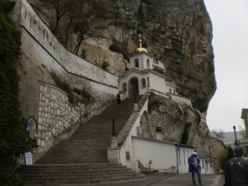 Свято Успенский пещерный монастырь.