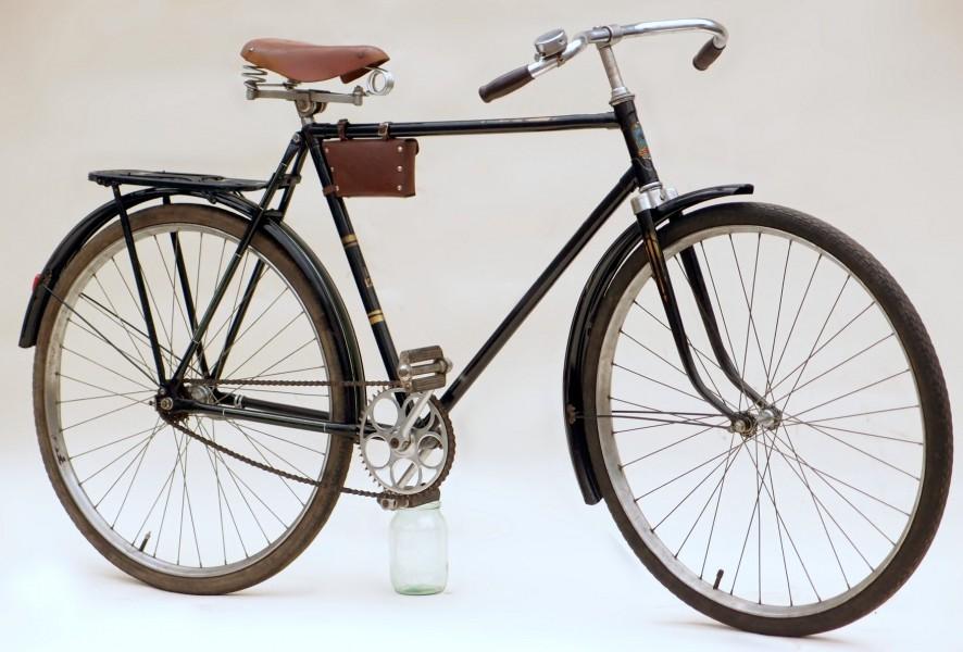 Мужской дорожный велосипед
