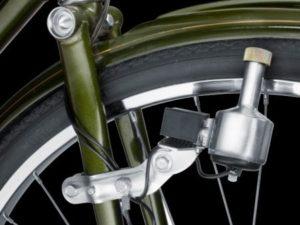 Генератор электричества для велосипеда.