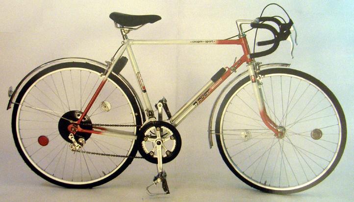 "Спортивно – туристический велосипед ""Турист"" 153 – 452."
