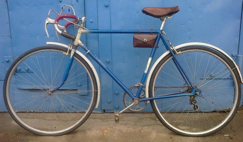 Велосипед спортивно - туристический В 301.