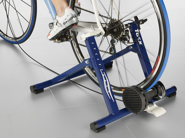 Трейнер (велостанок)