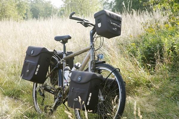 Голландская фирма New Looxs выпускает сумки для велосипедов