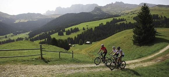 Велотуристы должны иметь хорошие условия во время путешествий