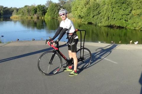 Велосипед Flying Rider у которого нет седла