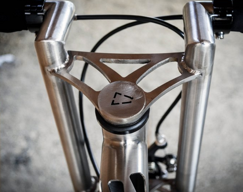 Был создан велосипед Еrembald, где при изготовлении применили лазерную резку