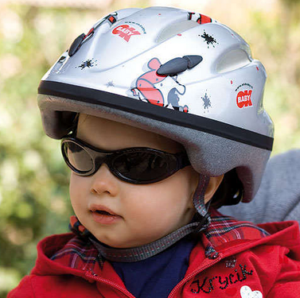 Как приучить ребенка к велосипедному шлему