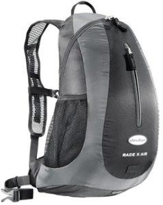 Что выбрать - рюкзак или багажник?